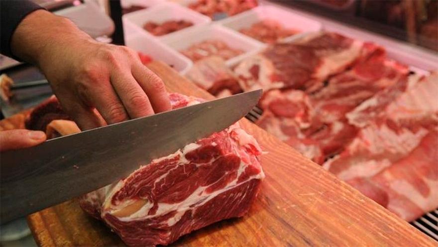 Covid-19 en la carne argentina: denuncian que el