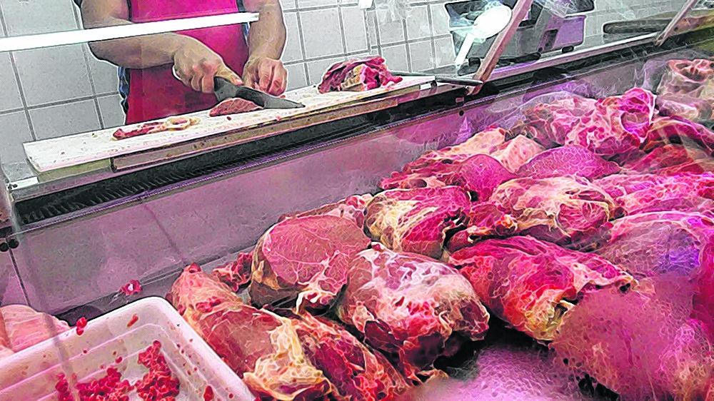 ¿Son onerosas las carnes rojas? ¿ La exportación subsidia al mercado interno ?