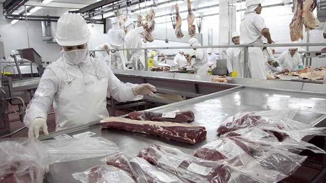Coronavirus: Federación de la carne garantizó el funcionamiento normal de los frigoríficos
